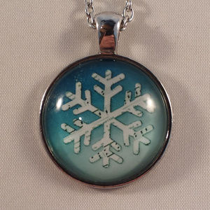 Silver Winter Snow Flake Cabochon Necklace!